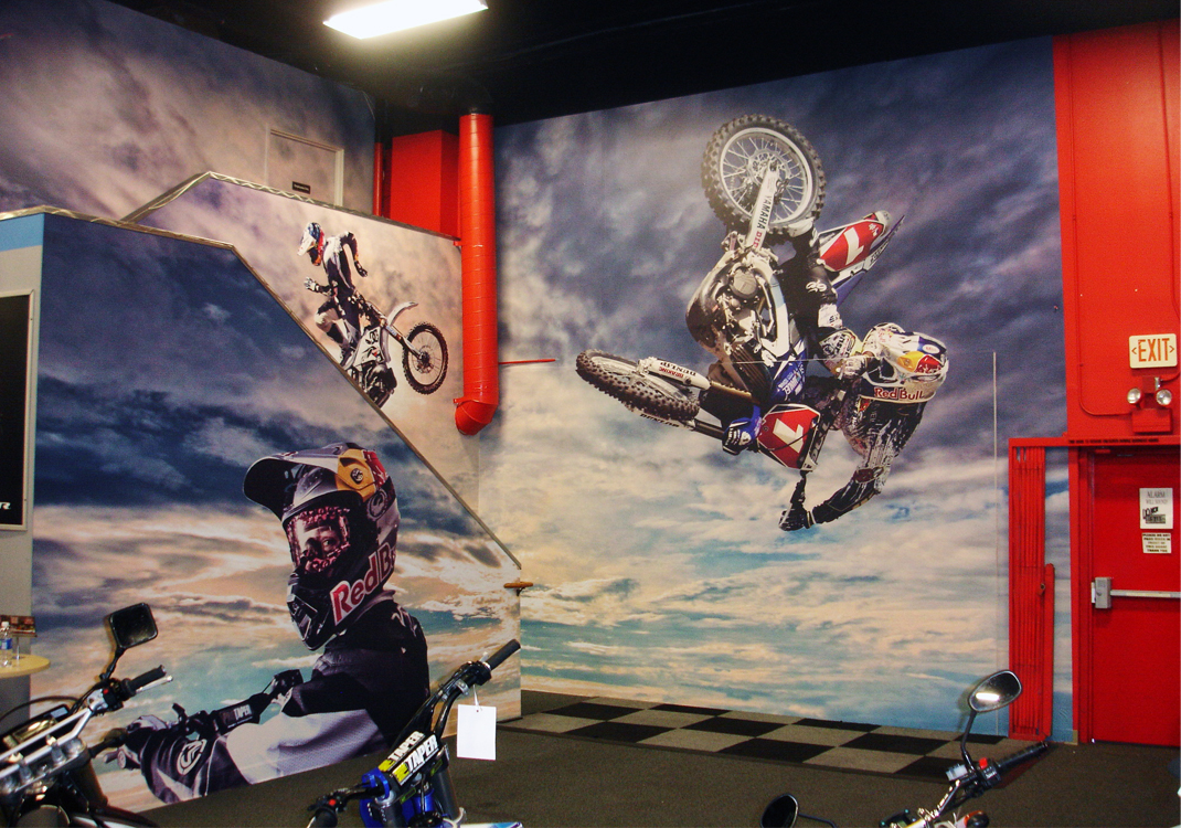 Del amo motorsports wall wrap before after 10 designs for Del amo motor sport